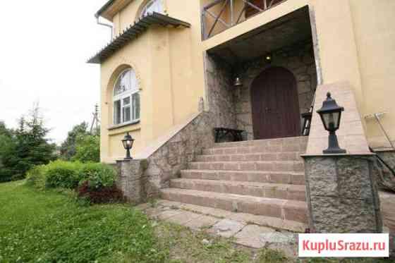 Дом 350 кв.м. на участке 25 сот. Кузьмоловский