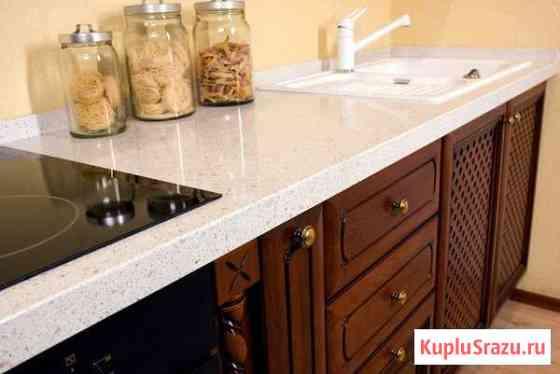 Кухонные столешницы из кварцевого камня Сургут