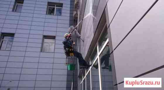 Мойка фасада,остекления,витрин Москва