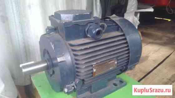 Электродвигатель асинхронный (новый) аир100L6У2 Уржум