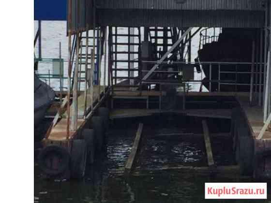 Универсальное стояночное место в яхт-клубе «Рассве Икша