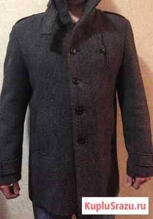 Шерстяное зимнее мужское пальто Кызыл