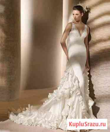 Свадебное платье с шлейфом Rafia от San Patrick Хатанга
