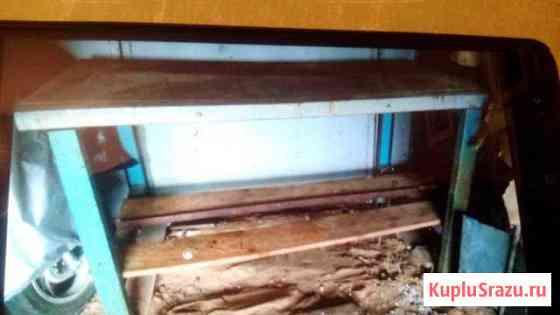 Продам металлический стол Сиверский