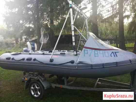 Продам моторную лодку Бокситогорск
