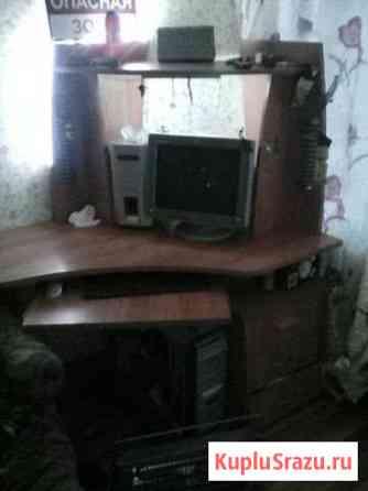 Компьютерный стол Сиверский