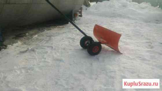 Лопата, движок, скребок, скрепер на колесах Куса