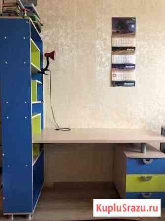 Детский письменный стол. В отличном состоянии Магадан