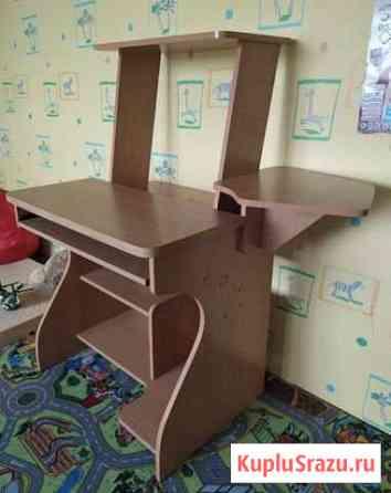 Продам компьютерный стол Находка