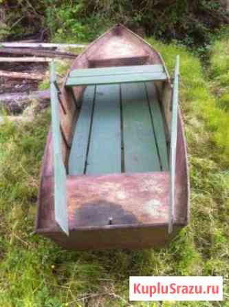 Лодка весельная Выкса