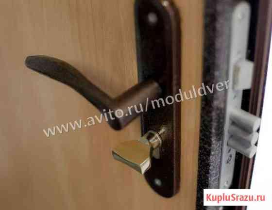 Входная железная дверь с ламинат отделкой Волоколамск