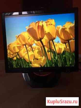 LG Flatron L1900E 19 Видное
