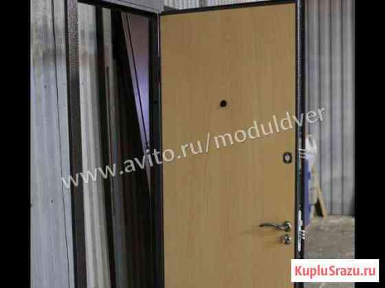 Дверь в квартиру из металла и отделкой ламинат Домодедово
