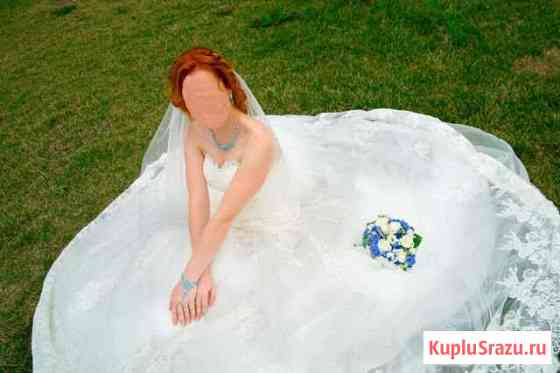 Свадебное платье со шлейфом Владивосток