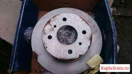 Передние тормозные диски на Nissan Волосово