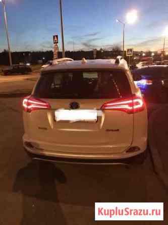 Аренда автомобиля с водителем Toyota RAV4 Лесной Городок