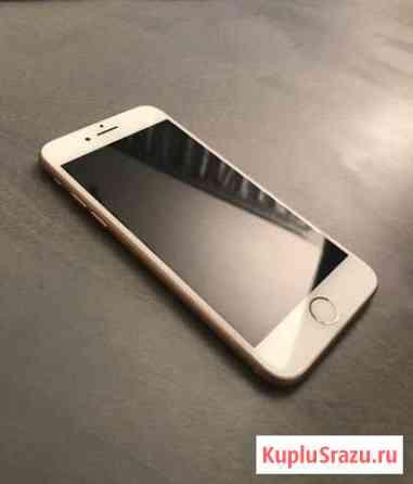 iPhone 8 64 Гб Розовое золото Светогорск
