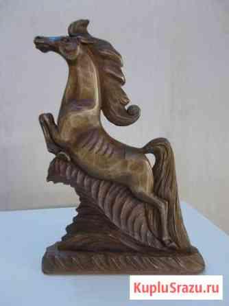 Скульптура конь на скаку Ветлужский