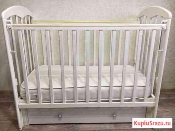Детская кроватка (белая) Чита