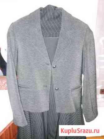 Пиджак для девочки на 10-12 лет Ижевск