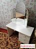 Продам женский туалетный столик
