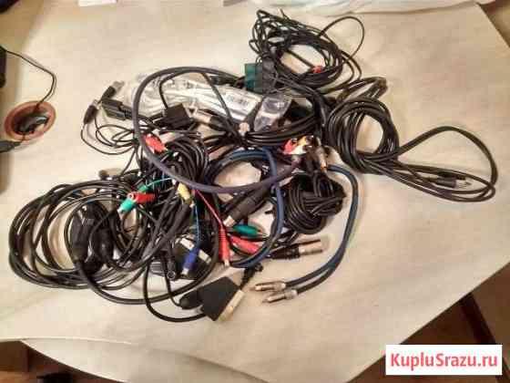 Много кабелей / шнуров / переходников Набережные Челны