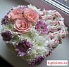 Подарочная коробка сердце с цветами и конфетами