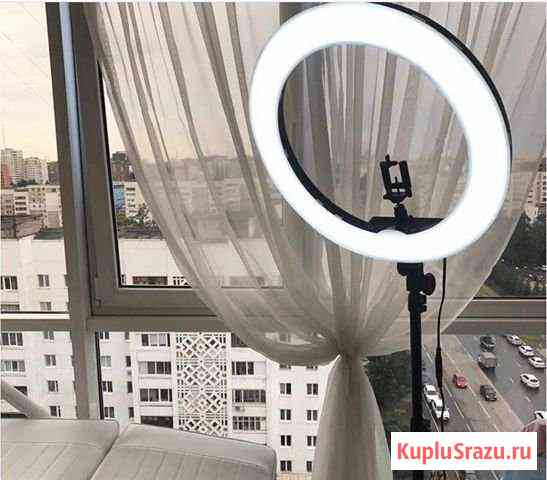 Кольцевая лампа Уфа