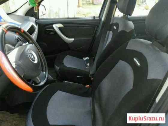 Renault Sandero 1.6МТ, 2010, 118112км Великий Устюг