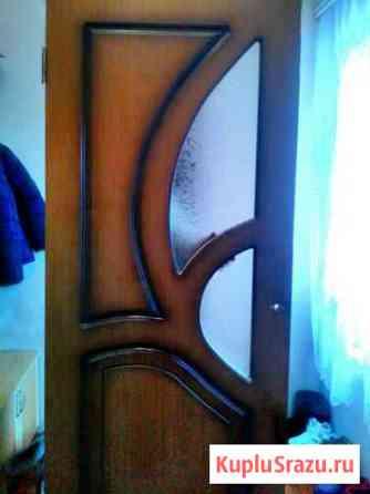 Дверь деревянная в отличном состоянии Прохладный