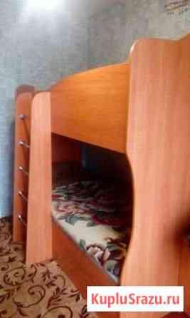 Продаю 2-ух ярусную кровать с выдвижным ящиком.цен Килемары