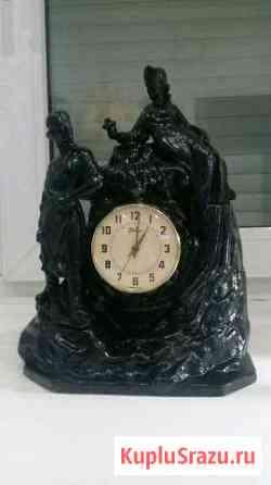 Часы каминные.Производства СССР.Приблизительно 196 Светлый