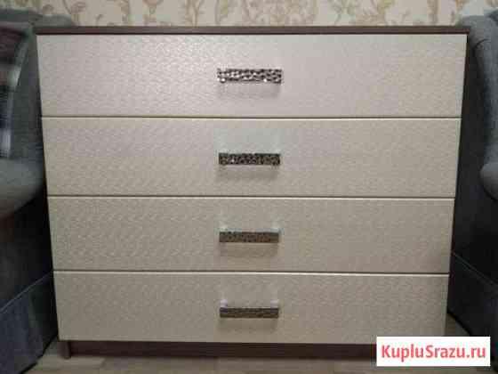 Продам мебель: шкаф, комод и стол Евпатория