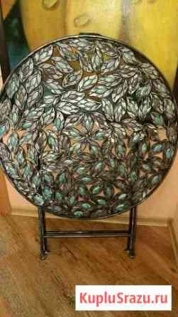 Столик с ажурным цветочным орнаментом, складной Пенза