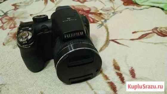 Fujifilm FinePix S4000 (черный) Кирово-Чепецк