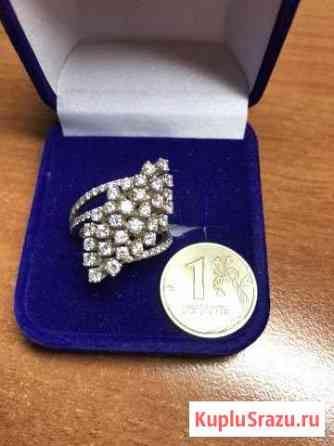 Золотое кольцо с бриллиантами Липецк