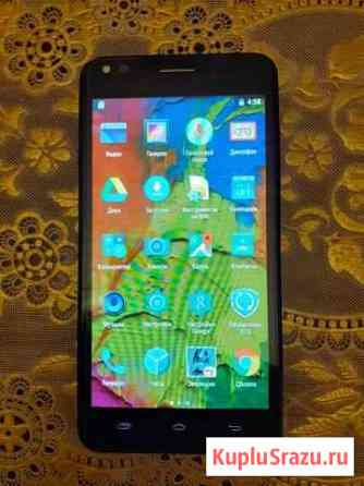 Смартфон Prestigio Muze C3 (PSP 3504) Псков