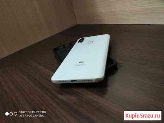 Продам Xiaomi mi 8, 6/64гб смартфон белый Смоленск