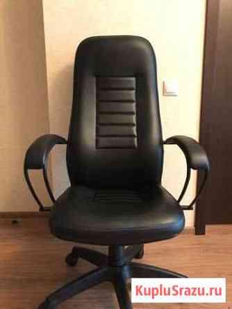 Кресло офисное на колесиках Тверь