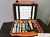 Оранжевый чемодан blum