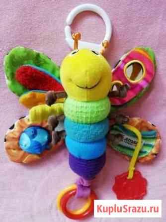 Подвесная игрушка Lamaze Весёлая пчёлка разноцвет Лобня