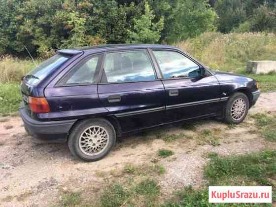 Opel Astra 1.6 МТ, 1994, битый, 322 222 км Зеленоградск