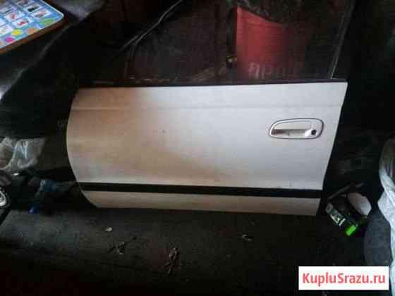 Дверь передняя левая Toyota caldina 190 в сборе Курган
