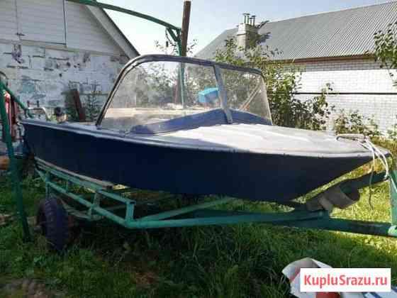 Продаётся лодка моторная Янтарь Лысково