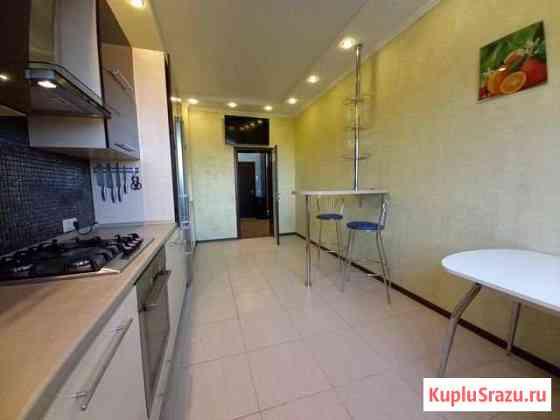 2-комнатная квартира, 82.4 м², 1/4 эт. Курск