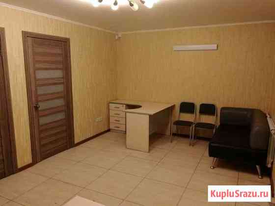Офис 32 кв.м. к-т Маяковский отдельный вход Омск
