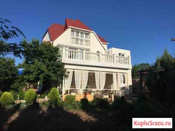 Дом 190 м² на участке 8 сот. Севастополь