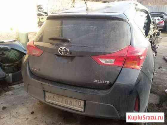 Toyota аурис 2014 г Мирное