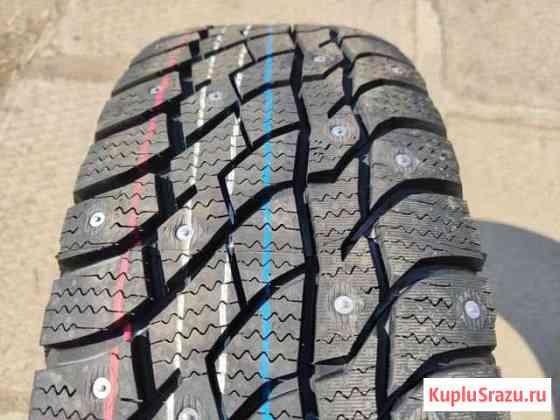 Комплект новых шипованных шин R15 205/70 Viatti Братск