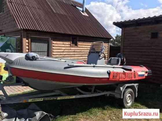 Моторная лодка Псков